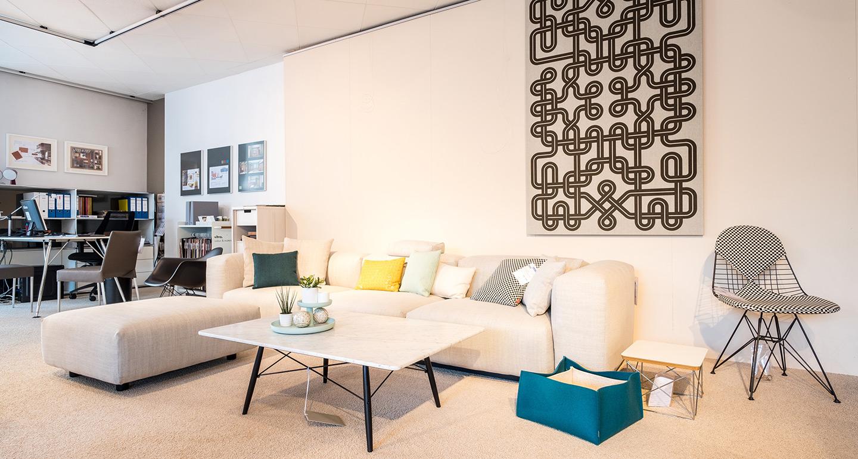 ausstellung eg 4 m bel braum. Black Bedroom Furniture Sets. Home Design Ideas