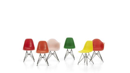 Fiberglass Chairs in verschiedenen Farben