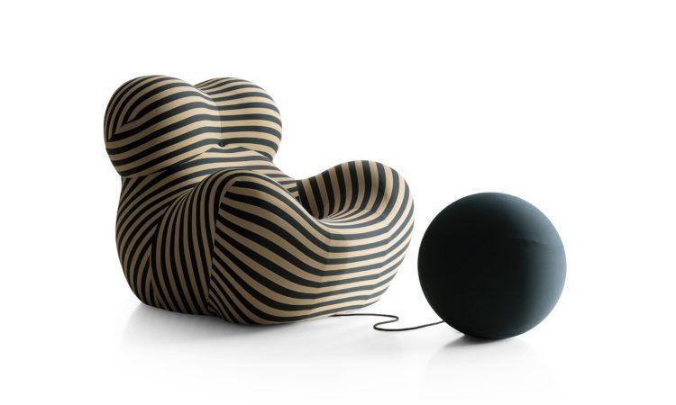 ausgefallene sessel Klassiker - Up50 Sessel gestreift mit verbundenem Hocker